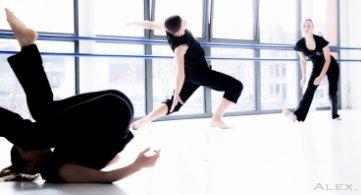 Une évaluation artistique publique pour les jeunes danseuses de l'IPES Tournai